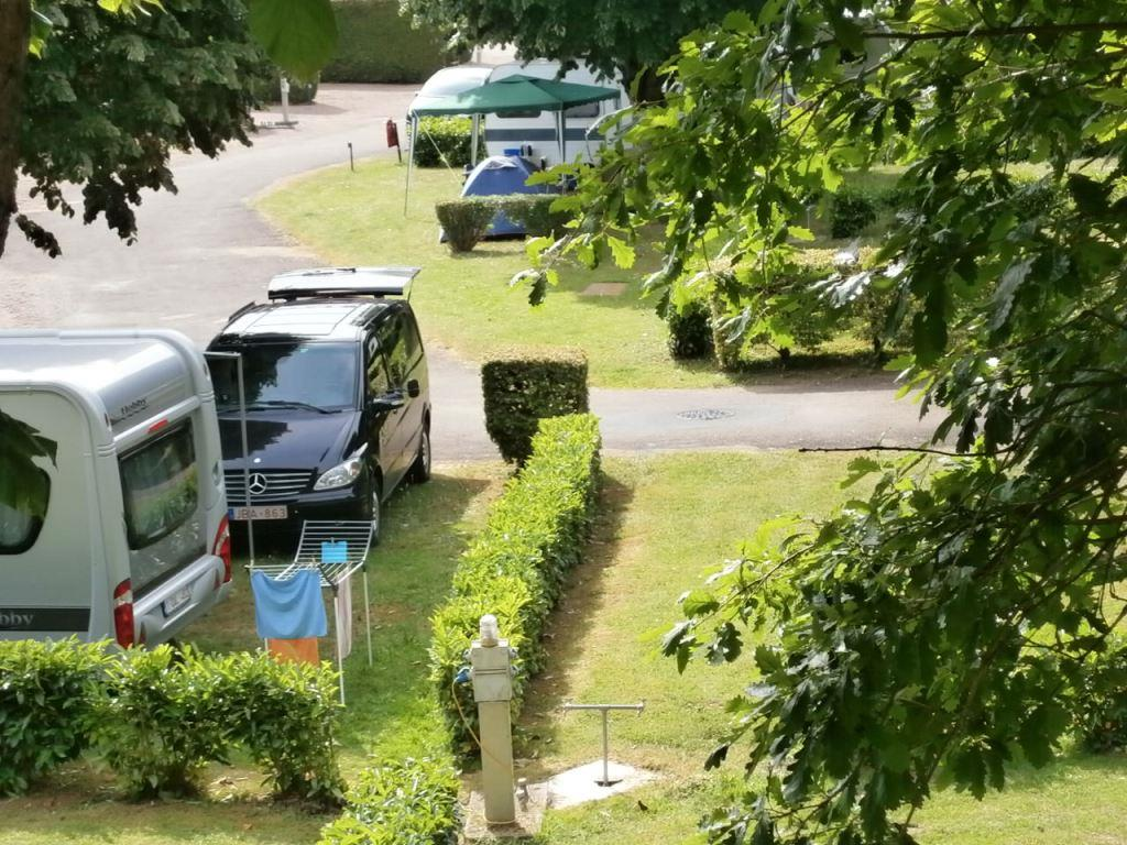 emplacement camping montbard